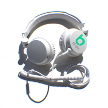 Card_headphones_